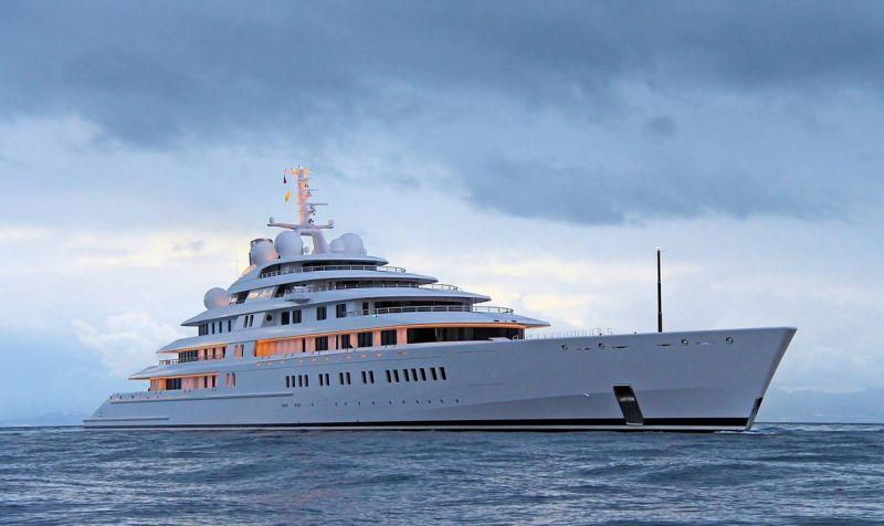 best_luxury_yacht