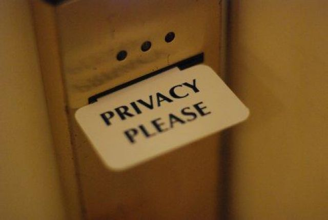 420777-privacy-please