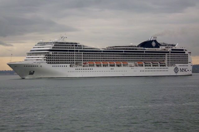 msc_magnifica-9387085-passengers_ship-8-71530